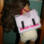 Le cartable de la poupée
