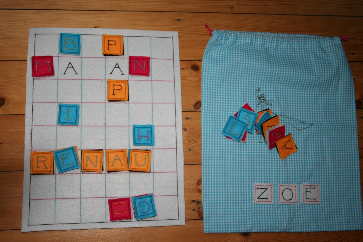 Jeu-scrabble pour Zoé, personnalisé